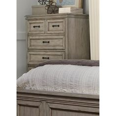 Liberty Furniture Industries Grayson Grove 5 Drawer Chest - 573-BR41