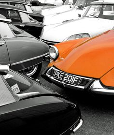 Vintage Citroen's (Rich007 photostream via flickr)