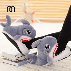 Dolls & Stuffed Toys 1 Pair Cute Fashion Suck Off Sharks Stuffed Plush Slipperss Shark Shape Shoes House Soft Crocodile Plush Dolls Creative Toy Cheap Sales Stuffed & Plush Animals