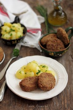 Parjoale moldovenesti - retete culinare mancare. Reteta parjoale moldovenesti. Parjoale moldovenesti ca la mama acasa. Parjoale mancare traditionala.
