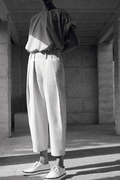 cactoshop.tumblr lesthetiquedelinventaire:  hermès photographer zoe ghertner model othilia simon.