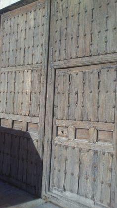 Puerta en Ampudia