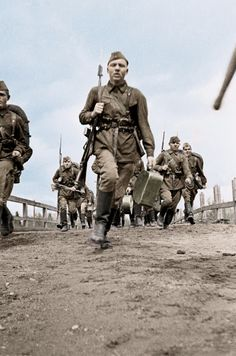 Soviet soldiers - Leningrad WWII