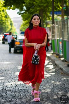 Haute Couture Fall / Winter 2017/18 Street Style: Tina Leung