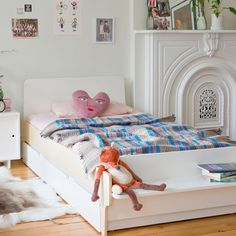 River Twin Bed in Birch from PoshTots #kidsrooms #twinbed #trundlebed #childsroom