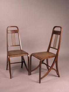 Thonet zeichen auf einem alten thonet stuhl stuhlprojekt for Stuhl design entwicklung