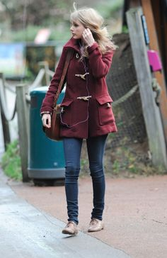 I would wear this outfit every day if I could. I also wouldn't mind meeting Taylor Swift.