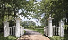 an idea of entry gates at the farm Front Gates, Entrance Gates, Grand Entrance, Side Gates, Outdoor Spaces, Outdoor Living, Driveway Entrance, Farm Entrance, Driveway Paving