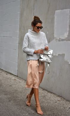 How To Dress Like A Parisian: A guide to effortless chic Grey knit turtleneck, silk blush skirt, nude strappy heels, and silver backpack style handbag Looks Street Style, Looks Style, Style Me, Chic Street Styles, Street Chic, Preppy Style, Look Fashion, Street Fashion, Classy Fashion