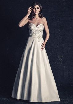 60e5b9e3cb9 38 Best Princess Wedding Dresses images in 2019
