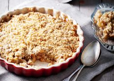 Apple crumble - Chef Zola Nene shows us how to make this easy and oh so delicious Apple crumble!
