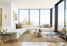 A renovated home in San Francisco features a pared-down colour scheme with places to eat, mingle and relax, designed by Los Angeles studio JDP Interiors. Green Furniture, Trendy Furniture, Furniture Plans, Outdoor Furniture Sets, Home Office, Open Plan Apartment, San Francisco Houses, Modern Traditional, Living Room Sets