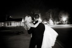 Bride and Groom - PHOTO SOURCE • HOLLY GRACIANO PHOTOGRAPHY
