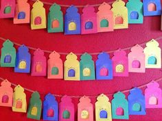 17 Simple Ramadan Decoration Ideas You Can Do at Home - From making Ramadan paper lanterns, to drawing crescent moons and stars on the walls, and far more, - Ramadan Activities, Ramadan Crafts, Ramadan Tips, Diy And Crafts, Crafts For Kids, Paper Crafts, Decoraciones Ramadan, Preparing For Ramadan, Ramadan Lantern