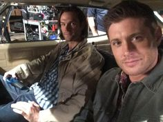 Jensen tweeted this photo on set: Last day of episode 200! Me and @jarpad sittin where we belong. #Supernatural