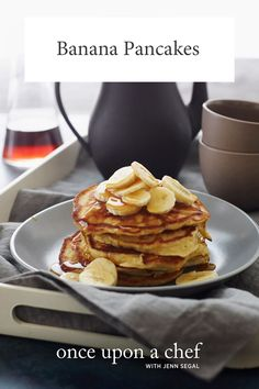 Banana Pancakes from Once Upon A Chef, hit it right on the head with this one. These are like eating banana bread with syrup. Fluffy & just the right amount of banana. Melty butter & maple syrup complete this wonderful breakfast. Banana Pancakes, Pancakes Easy, Pancake Muffins, Banana Breakfast, Breakfast Pancakes, Banana Bread, Brunch Recipes, Breakfast Recipes, Breakfast Ideas
