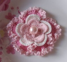 Crochet Flower in 3 inches in Lt Pink, Off White, Pink