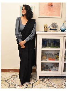 New Saree Blouse Designs, Fancy Blouse Designs, Saree Blouse Patterns, Designer Blouse Patterns, Shagun Blouse Designs, Latest Blouse Patterns, Blouse Styles, Dress Patterns, Fashion Clothes