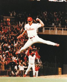 Mitch Williams celebrates his strikeout that gave the Phillies the 1993 NL Pennant.