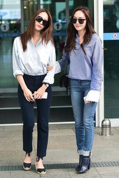 awesome Snsd Jessica Jung f(x) Krystal Jung airport fashion style. Korean Fashion Minimal, Korean Fashion Winter, Winter Fashion Casual, Korean Fashion Trends, Korean Street Fashion, Asian Fashion, Snsd Airport Fashion, Snsd Fashion, Girl Fashion