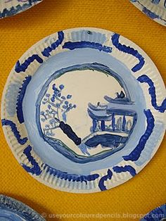Use Your Coloured Pencils: Willow Pattern Paper Plates