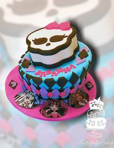 monster high draculaura cake - Google Search