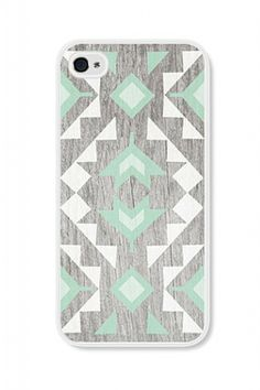 We all love to accessorize, and our phones have proved to be an extension of that. Check out our Geometric Mint phone case, available for iPhone 4 and iPhone 5! #iphone #iphonecase #mint #geometric