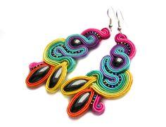 Sutasz-Anka: Iris Earrings http://www.soutage.com/2013/02/iris-kolczyki.html#more