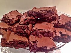 funcional (sem glúten Brownie fit ( sem lactose e gluten)Brownie fit ( sem lactose e gluten) Gluten Free Sweets, Gluten Free Cakes, Dairy Free Recipes, Low Carb Recipes, Healthy Sweet Snacks, Healthy Sweets, Brownie Recipes, Dessert Recipes, Desserts