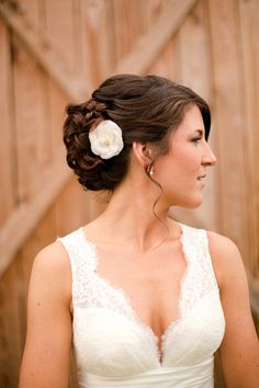 I love everything about this wedding...her hair the bridesmaids!! YEP just about everything :)