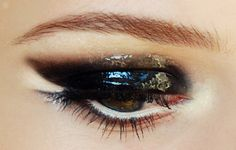 black glossy eye  click on te photo to see more on my fanpage