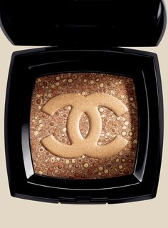 Chanel Makeup. Awesome bronzer- need this!