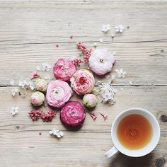 Good morning via the truly lovely @juliabesidethesea - I hope you all have a lovely, warm day planned x #regram #tea #goodmorning