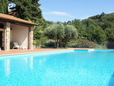 Fattoria Elena Suvereto Fattoria Elena offers pet-friendly accommodation in Suvereto, 38 km from Volterra. Guests benefit from patio. Free WiFi is available throughout the property. There is a private bathroom with a shower.