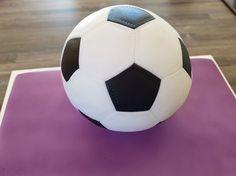 Tutorial: Fußballtorte aus Torte einen Fußball machen, mit Formel zum Berechnen
