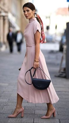 Classy Chic Outfit Ideas for Fall Spring Outfit Women, Summer Outfits, Vacation Outfits, Summer Clothes, Fashion Mode, Womens Fashion, Fashion Trends, Classy Fashion, Fashion Styles