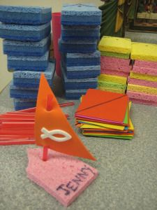 Make these along with the net full of fish. Fishers of men Bible school idea Bible Story Crafts, Bible School Crafts, Bible Crafts For Kids, Sunday School Crafts, Bible Stories, School Fun, Boat Crafts, Vbs Crafts, Church Crafts