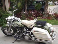 Vintage 1971 Harley Davidson FLH Electra Glide Motorcycle