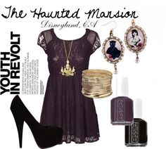 Create this price by wearing dark lace with gothic inspired jewelry.