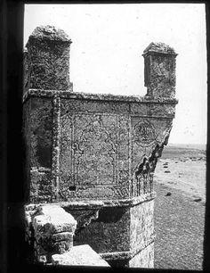 Porte de ville   Partie supérieure d'une tour   1924