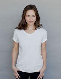 My Las Vegas summer wardrobe must have. White V-neck Hanes T-shirts