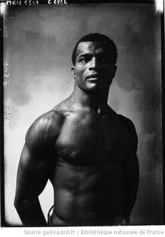 Crozier, lutteur : [photographie de presse] / Agence Meurisse - 1