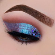 "(@nablacosmetics) on Instagram: ""@_makeupbyann created this stunning eye look  Pinterest: miathegemini1"