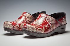 Accessory Spotting: Romney Dodd's Hand Painted Clogs
