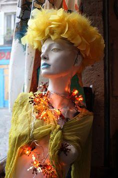 Chinemachine Vintage Boutique. 100 rue des Martyrs © Gabriela Sciolino Plump