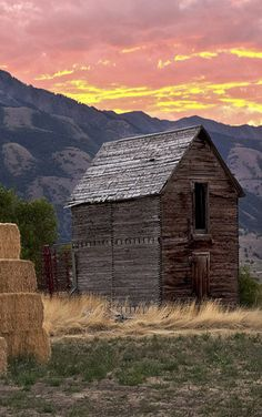 Small barn & mountain sunset - might belong to a homesteader near Eminence