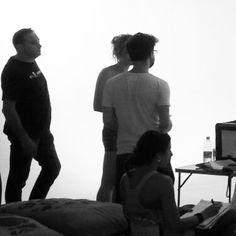 Backstage serie tv realizzata presso il limbo cyclorama sala posa dello studio fotografico Lumina Sense art lab a Roma. Backstage -Black and white - Photography