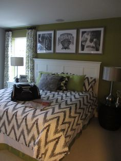Summit Hall  University of Maryland track room theme  Green and Grey bedroom
