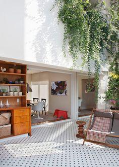 desire to inspire - desiretoinspire.net  cool indoor/outdoor space, love the tile