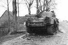 M4_sherman_105_1944.94imzx7groso4w4kg4w8cw4ks.ejcuplo1l0oo0sk8c40s8osc4.th